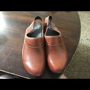 Dansko strapped leather clogs size 10